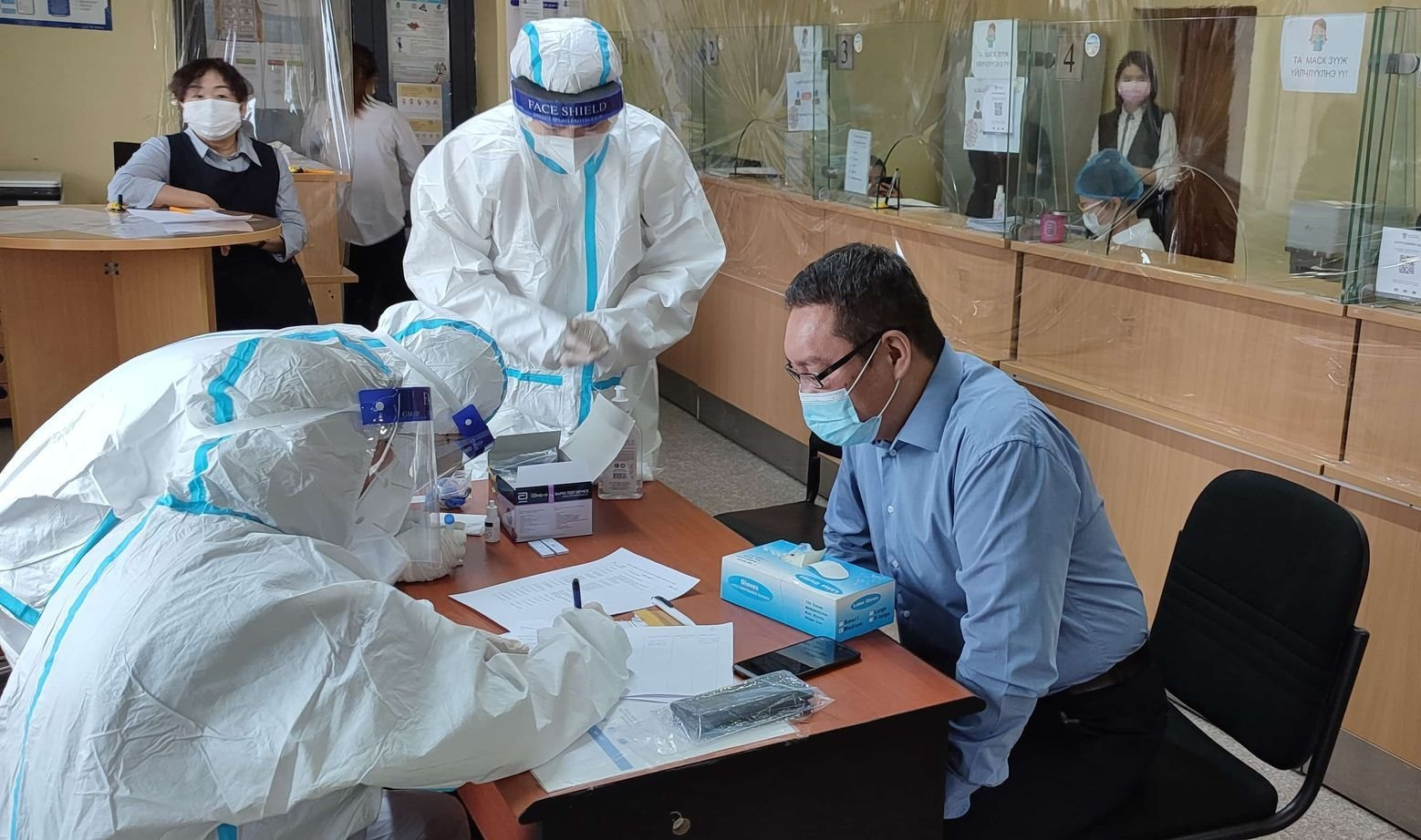 Орхон аймаг дахь Улсын бүртгэлийн хэлтсийн нийт албан хаагчид КОВИД-19 вирусийг илрүүлэх шинжилгээнд хамрагдлаа